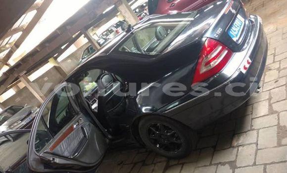 Acheter Occasions Voiture Mercedes‒Benz C–Class Noir à Abidjan au Abidjan