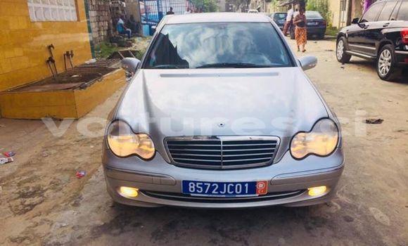 Acheter Occasions Voiture Mercedes‒Benz C-Class Gris à Abidjan au Abidjan