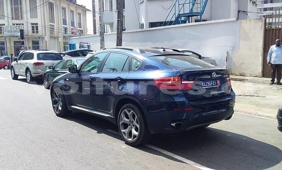 Acheter Neuf Voiture BMW X6 Bleu à Abidjan au Abidjan