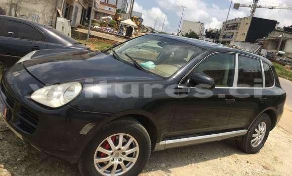 Acheter Occasions Voiture Porsche Cayenne Noir à Abidjan au Abidjan