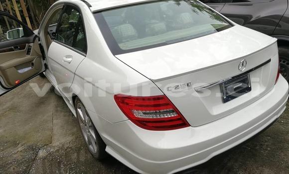 Acheter Neuf Voiture Mercedes‒Benz 250 Blanc à Abidjan au Abidjan
