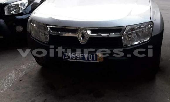 Acheter Occasions Voiture Renault Duster Gris à Abidjan au Abidjan