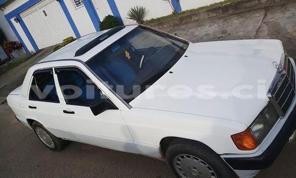 Acheter Occasion Voiture Mercedes‒Benz 190 Blanc à Abidjan, Abidjan
